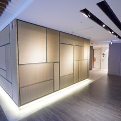榻榻米拼砌的牆壁走廊